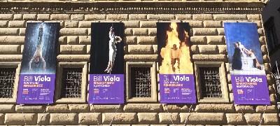 Manifesti pubblicitari della mostra a Palazzo Strozzi