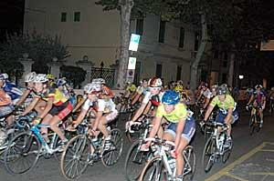 Foto di una precedente edizione della gara ciclistica femminile della Toscana