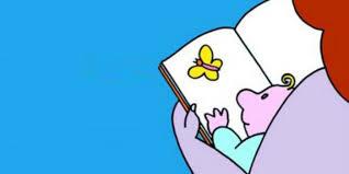 Mamma che legge un libro al bambino