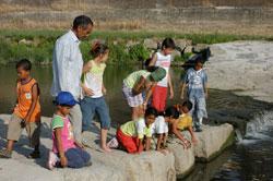 I bambini saharawi sul fiume Bisenzio